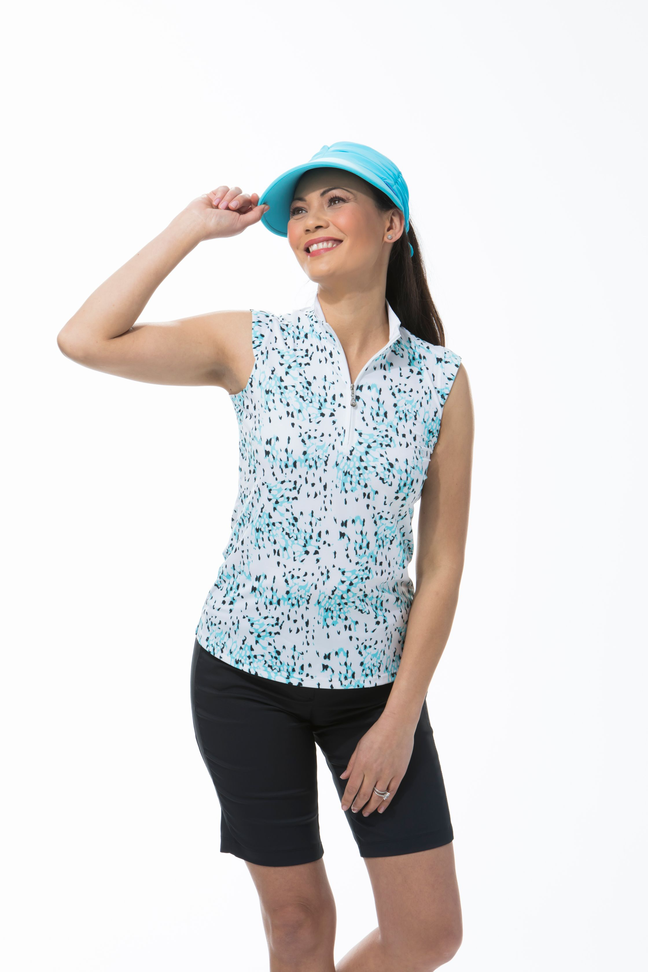 SANSOLEIL SOLCOOL SLEEVELESS MOCK. SNOW LEOPARD CAPRI. 900471